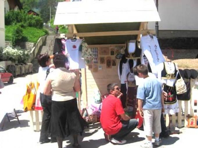 Ariljci na manifestaciji Zlatne ruke Zlatara 2010.
