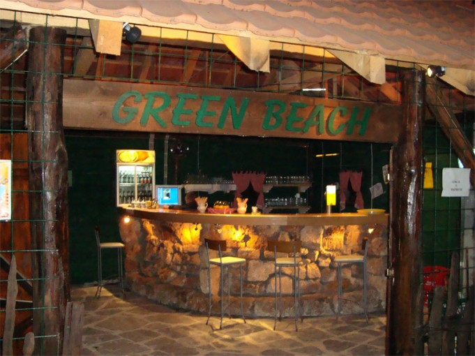 green_beach_2